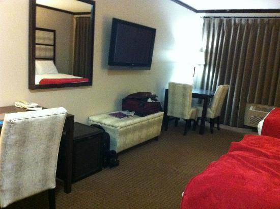 Prestige Hotel Vernon: Double Queen
