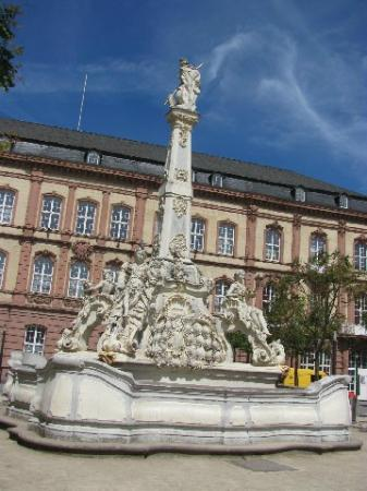 Saint George's Fountain