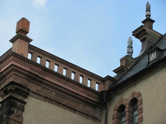 St. Maximin: detail balcony