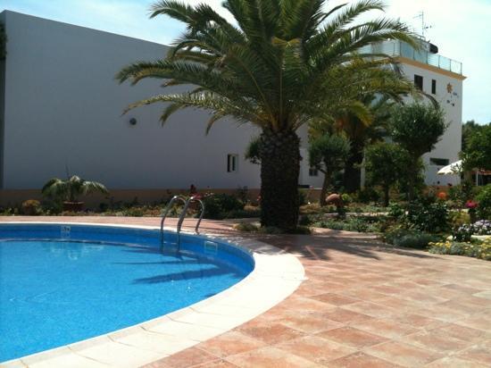Hotel Voramar: piscina