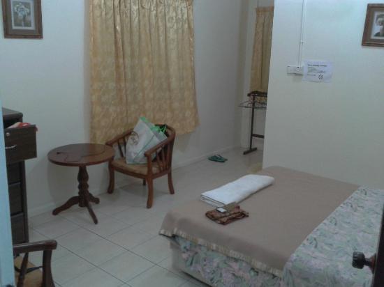 Slagon Homestay : corner room number 6