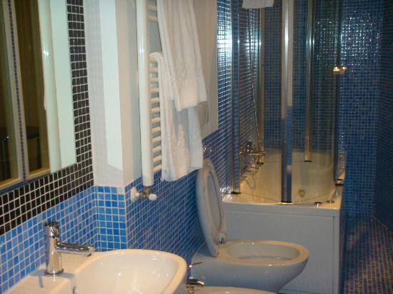 Perugino Hotel: Bel bagno