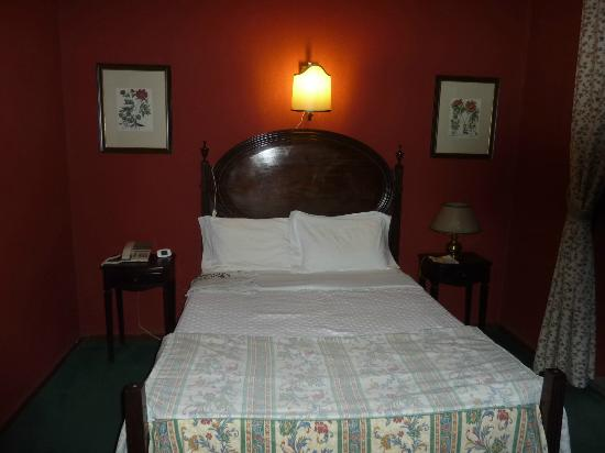 Hotel Avenida: single  room