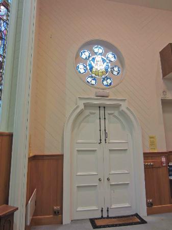 St. John's in the City : Inside St John's