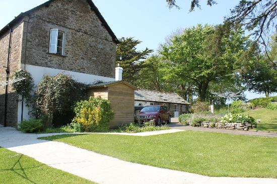Bucklawren Bed and Breakfast and Self-Catering Cottages: Außenansicht_3