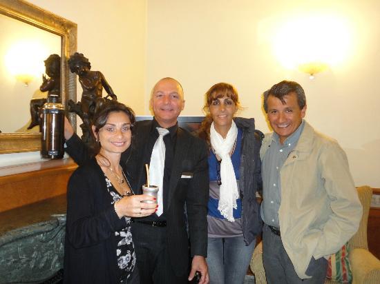 Hotel Giolli Nazionale: Carlos compartiendo el Mate.
