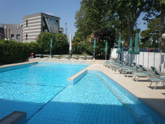 Hotel Ines: Pool