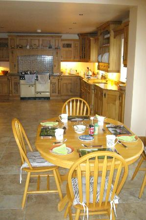 The Meadows: Kitchen/dining