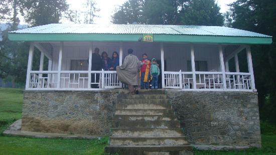 JKTDC Pahalgaon Huts: JKTDC TWO BED ROOM COTTAGES PAHALGAM