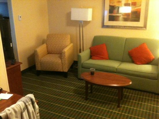 SpringHill Suites Tempe at Arizona Mills Mall : living room