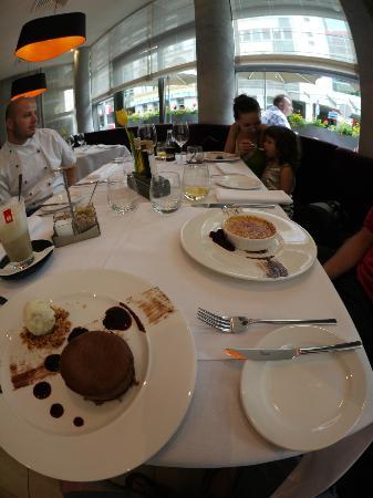Mosaiq Restaurant & Wine Lounge: dessert