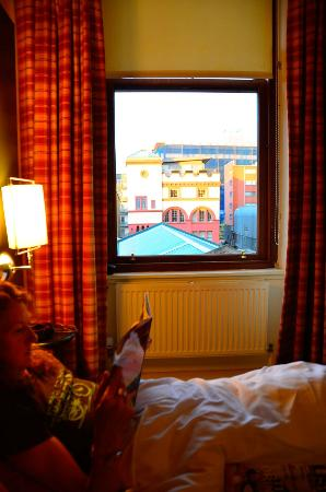 The Pipers' Tryst Hotel: Comfy rooms with nice views