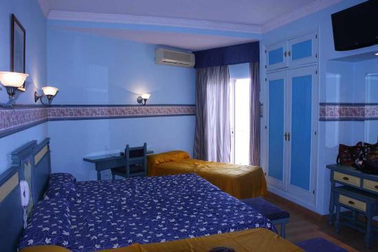 Hotel Monarque Torreblanca: Habitación