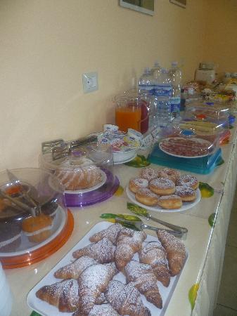 B&B Gli Archi: breakfast buffet