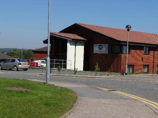 Speedbird Inn, Aberdeen Airport: Einfahrtbereich zum Speedbird Inn