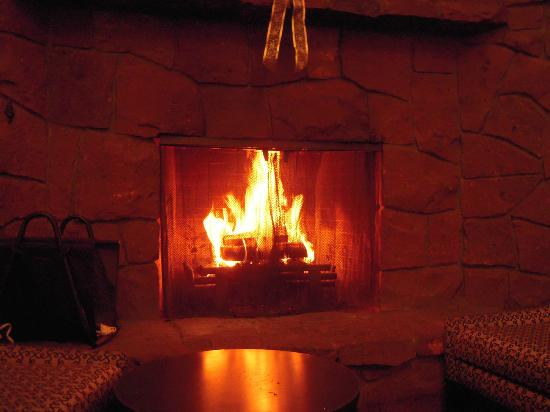 Best Western Mt. Hood Inn : Into the fire