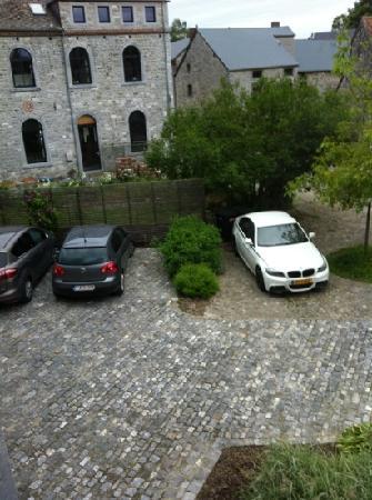 L'echappee Belle : secure private car park
