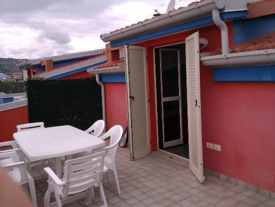 Residence Playa Martin: Terrasse
