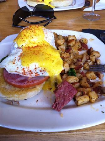 The Egg Shell: California Benedict