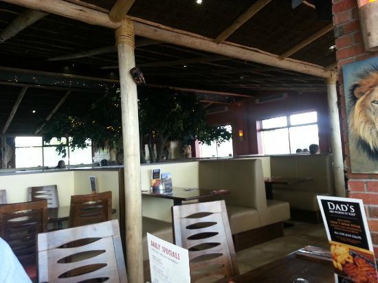 Makhulu 5: seating