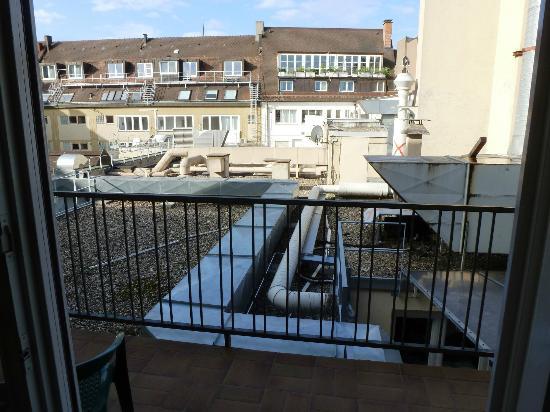 Hotel am Rathaus: Blick von unserem Balkon
