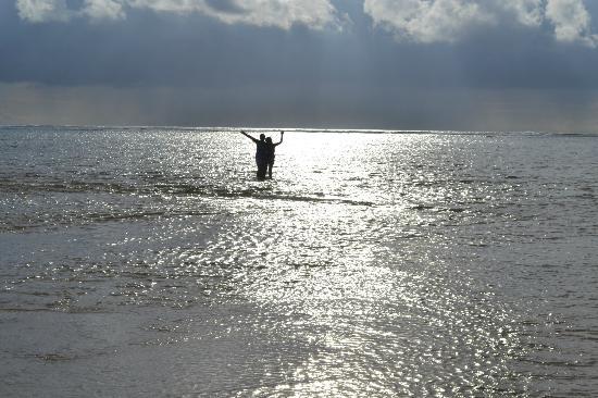 Punta Riviera Resort: enjoying the shallow waters