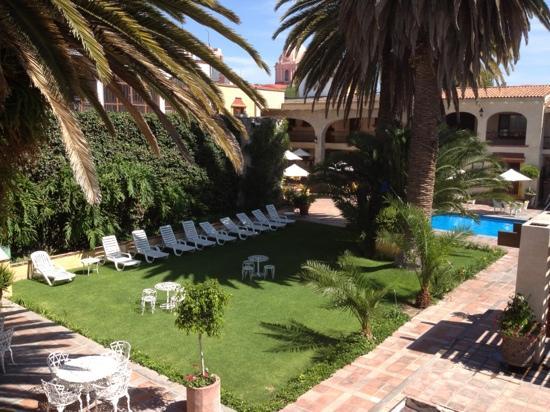 Hotel Maridelfi: Pool and Gardens