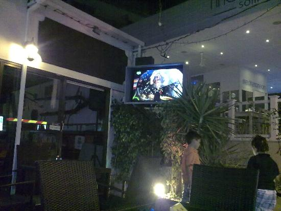 The Chasers Bar: watching football outside