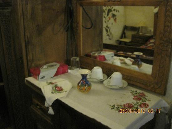 Kismet Cave House: Tulip Room