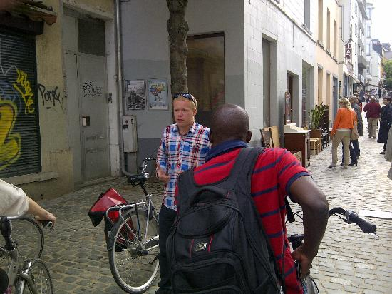 Brussels Bike Tours : Bike ride - one of the stops