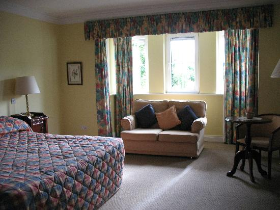 Killarney Lodge: Room 12 (king), at end of hall, very private, no neighbors