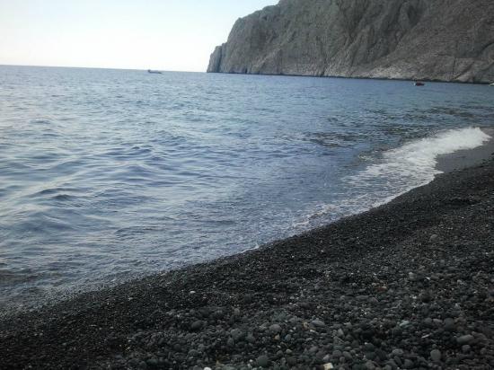 RK Beach Hotel: the beach