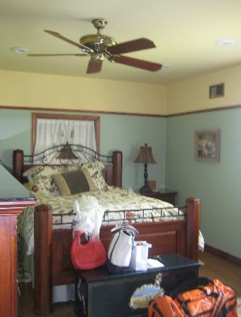 Pack Creek Ranch: Master bedroom