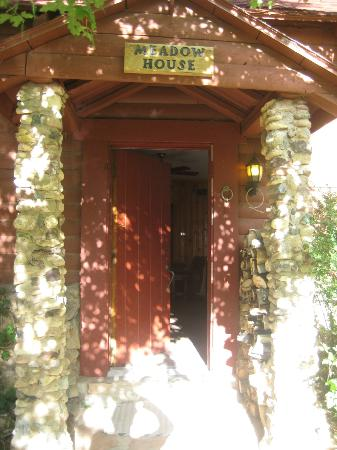 Pack Creek Ranch: Cabin main entry