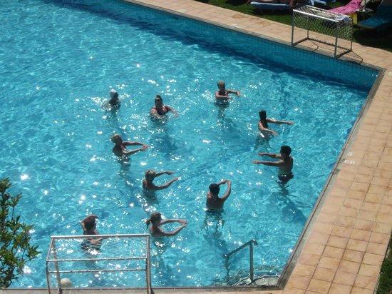 Minos Hotel: Aqua aeroblics