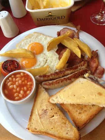 Golden Boys Restaurant : Irish breakie...a little taste of home :)