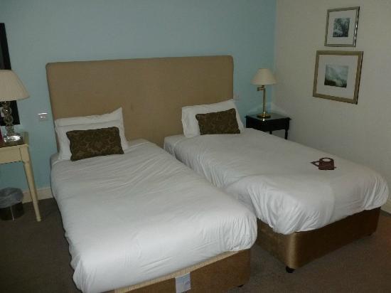 Room 139 (twin)