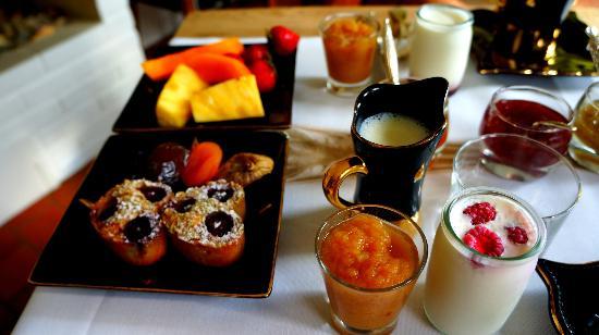 Auberge du Paradis: Breakfast