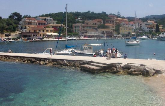 Theofilos Studios & Apartments: Kassiopi harbour