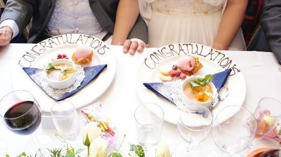 Berties Restaurant & Bar: Our Dessert Plates, really nice touch