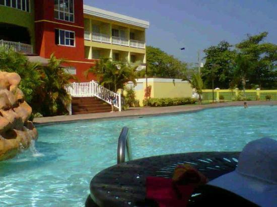 Hatillo, Porto Riko: la super piscina
