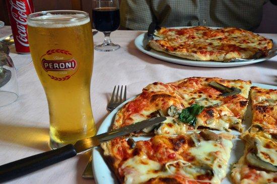 Paese, Italia: Best. Pizza. Ever!