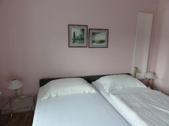 Pension Pletna: super comfortable bed