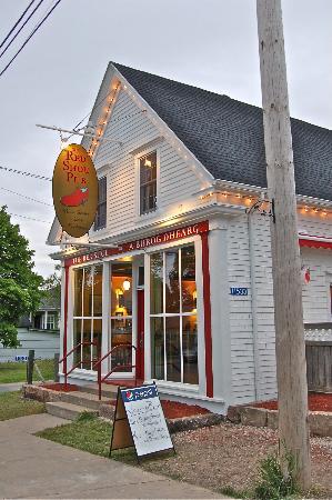 The Red Shoe Pub: Red Shoe Pub