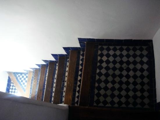 Riad Laayoun: Winding stairs