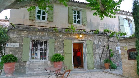 Restaurant LA PETITE FRANCE : Charming converted farmhouse