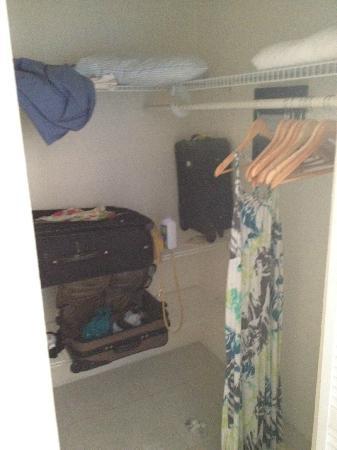 Villa Esencia: Big closet