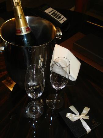 Corinthia Hotel London: Agradável recepção