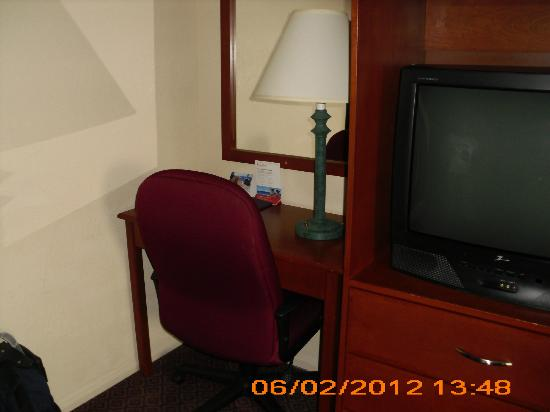 Ramada Limited San Diego/Near SeaWorld: work desk