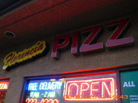 Ramada Limited San Diego/Near SeaWorld: Florencia's Pizzeria, next door to hotel